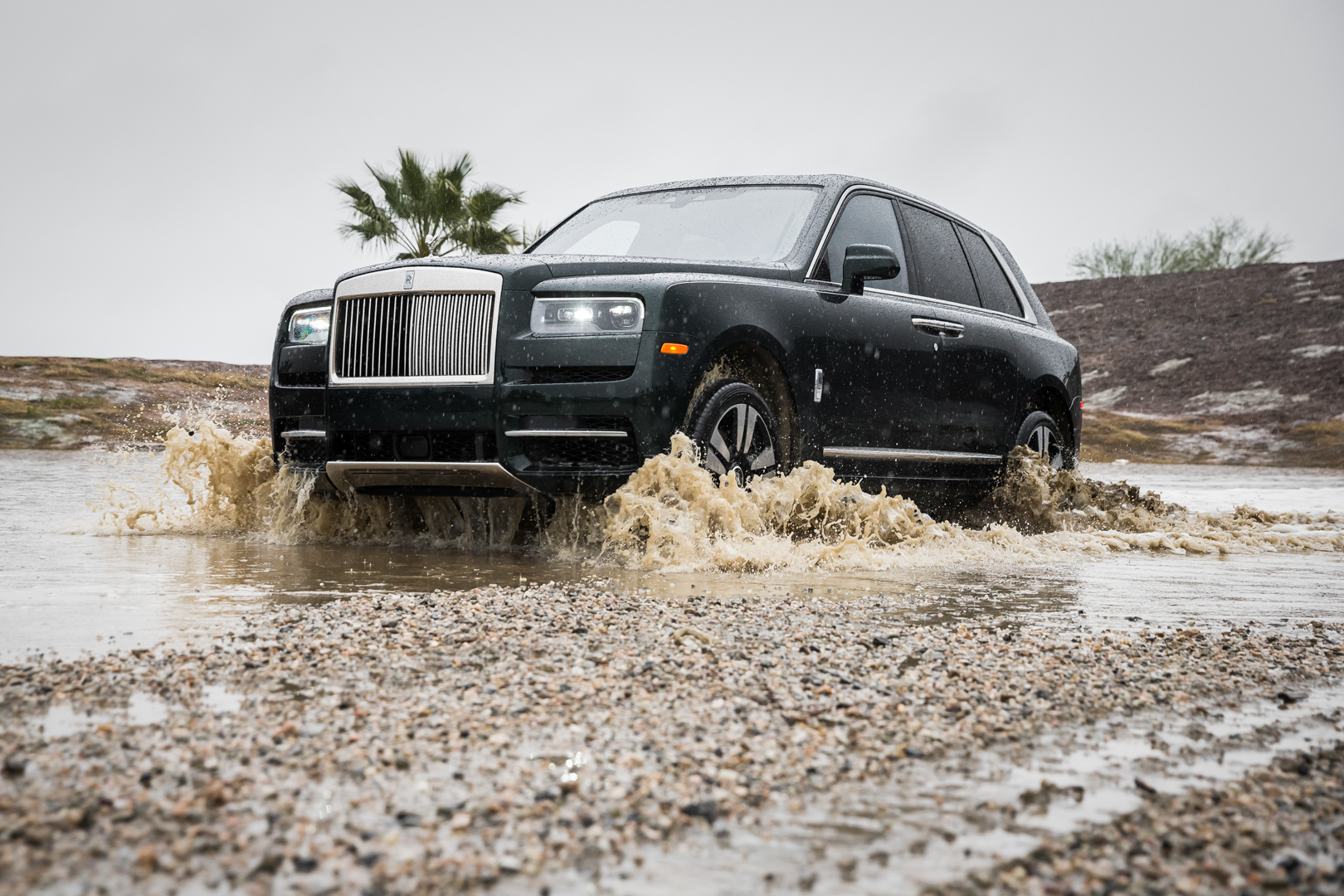 VIDEO: Can a Rolls Royce Cullinan actually go off road?