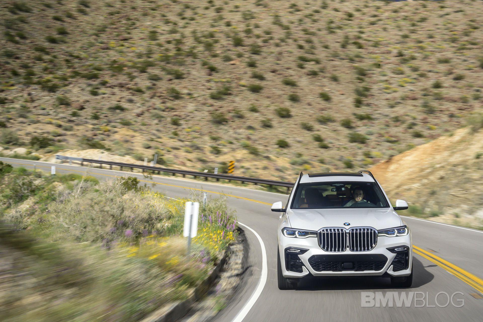2019 BMW X7 drive 16