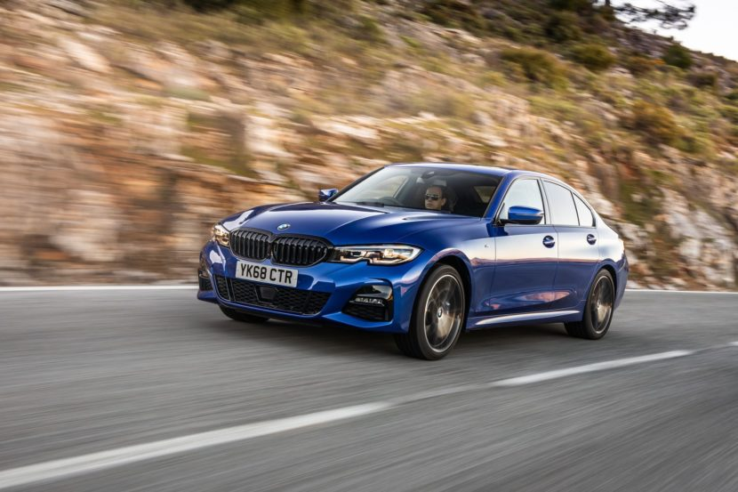 BMW 320d M Sport package Portimao Blue 27 830x553
