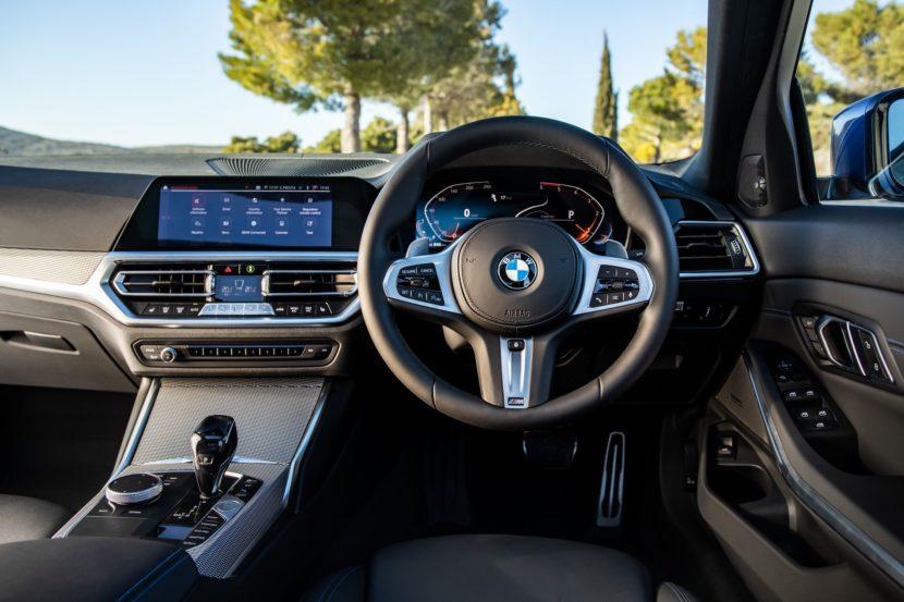 BMW 320d M Sport package Portimao Blue 40 830x553
