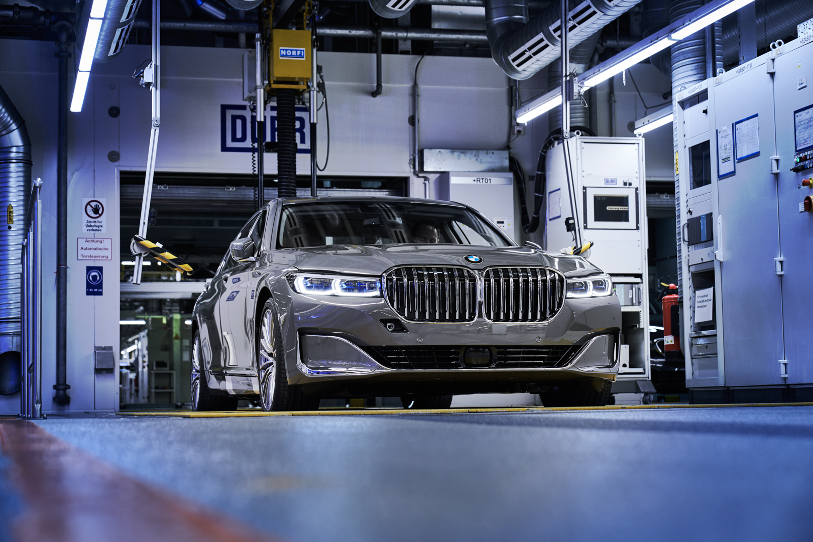 BMW 7 Series LCI Dingolfing 11 of 13