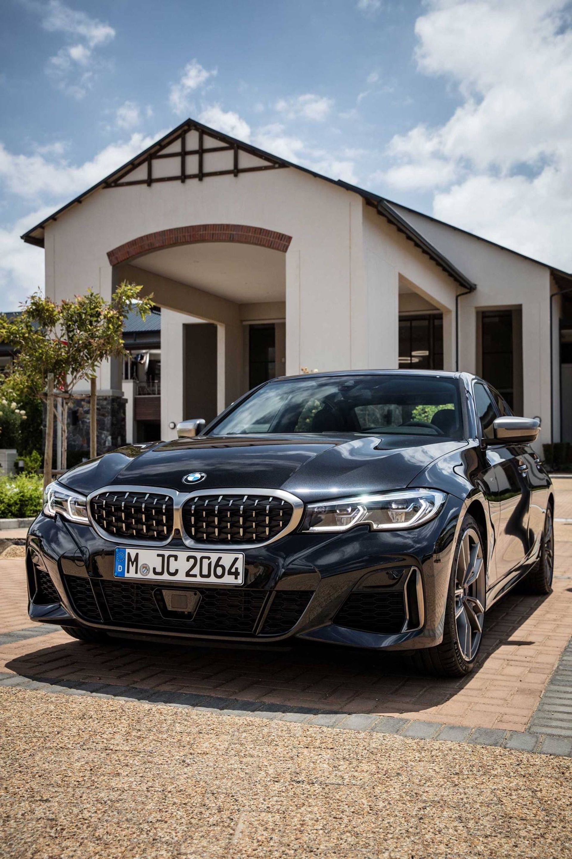 BMW M340i black 01