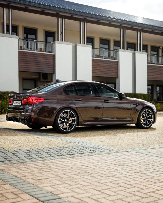 BMW M5 Competition F90 Macadamia Metallic Individual 11 664x830