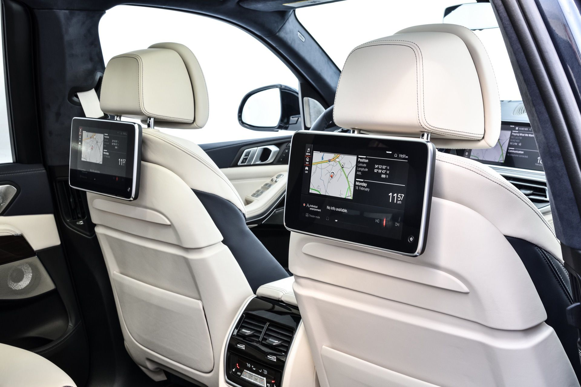 Super Five Reasons Why The Bmw X7 Is The Ultimate Luxury Bimmer Short Links Chair Design For Home Short Linksinfo