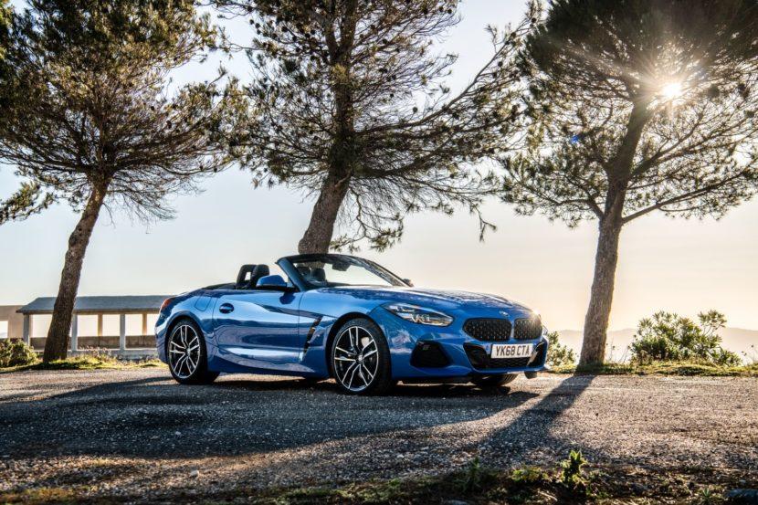 BMW Z4 12 830x553