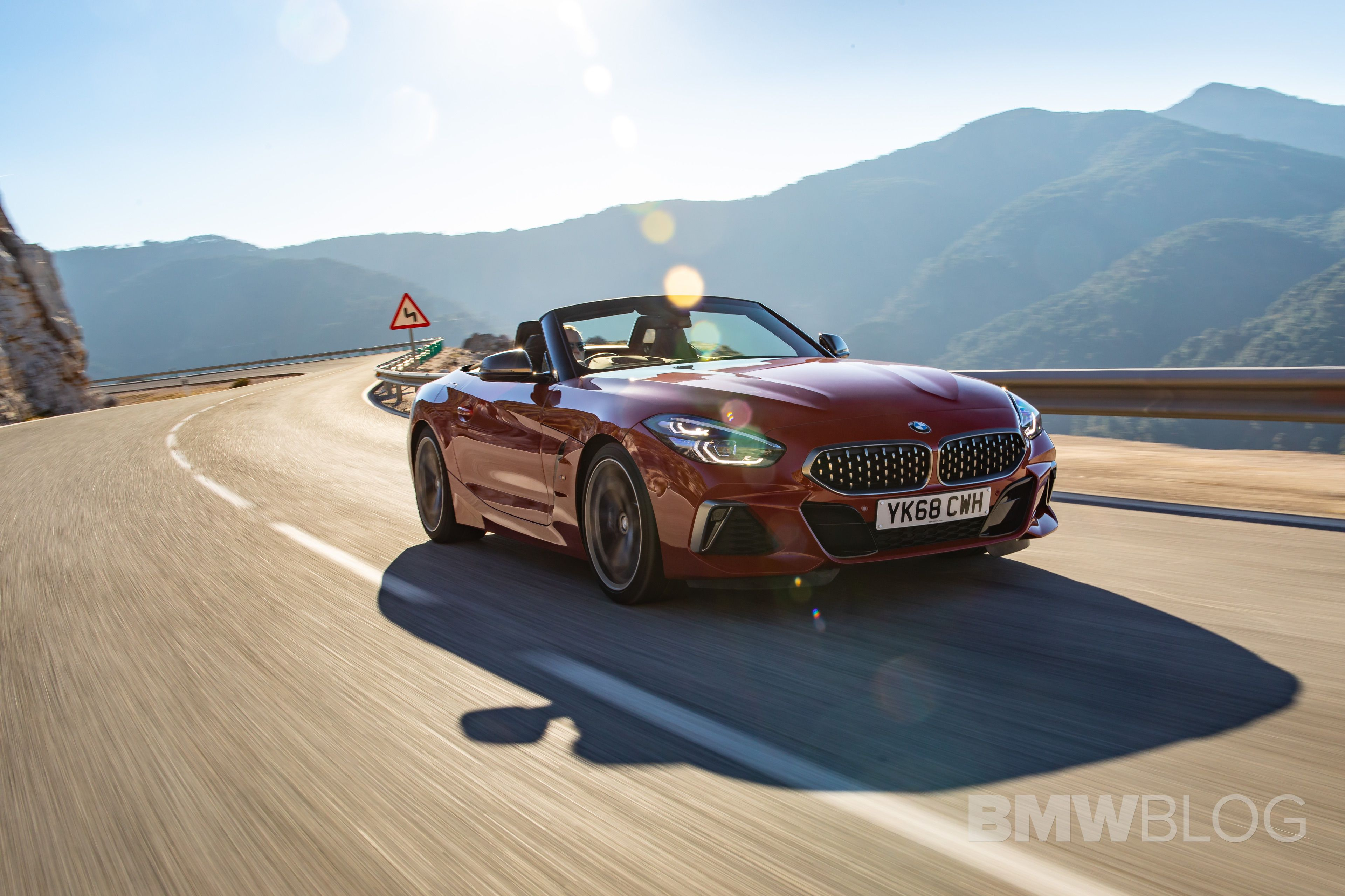 BMW Z4 M40i San Francisco Red 13