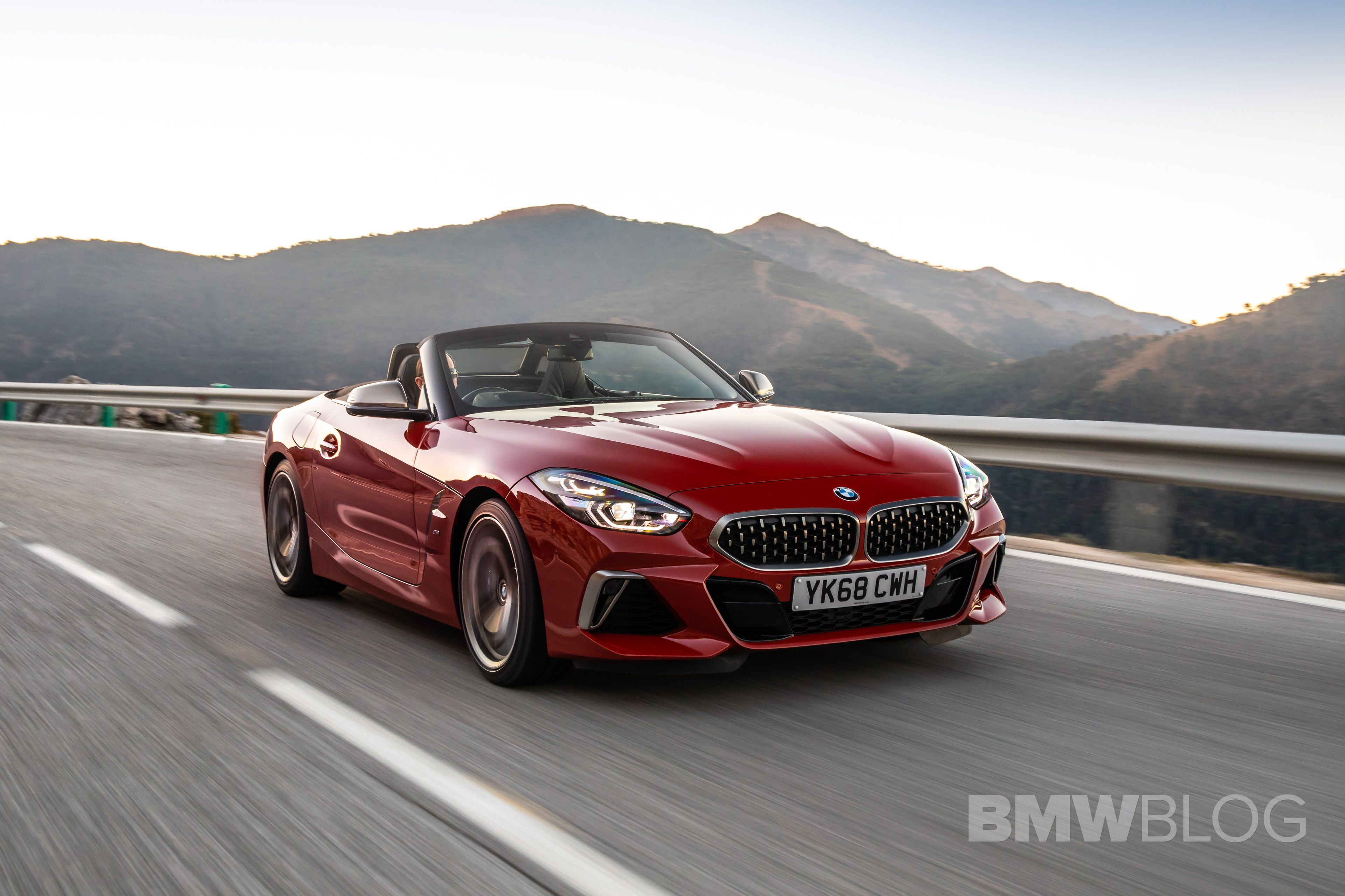 BMW Z4 M40i San Francisco Red 19