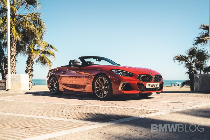 BMW Z4 M40i San Francisco Red 34 830x553