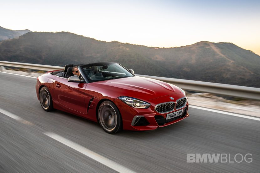 BMW Z4 M40i San Francisco Red 36 830x553