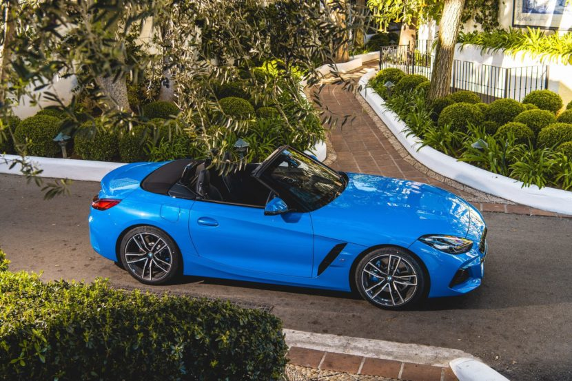 BMW Z4 sDrive20i M Sport Package in Misano Blue Metallic 02 830x553