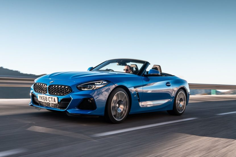 BMW Z4 sDrive20i M Sport Package in Misano Blue Metallic 17 830x553
