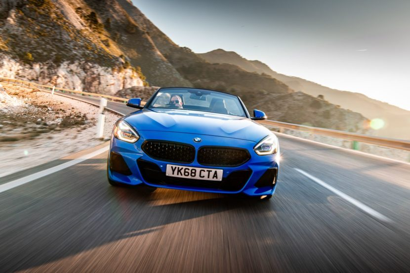 BMW Z4 sDrive20i M Sport Package in Misano Blue Metallic 31 830x553