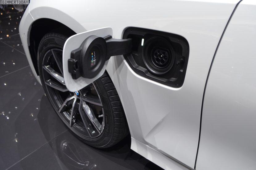 Genf 2019 BMW 330e G20 Limousine Live 13 830x550