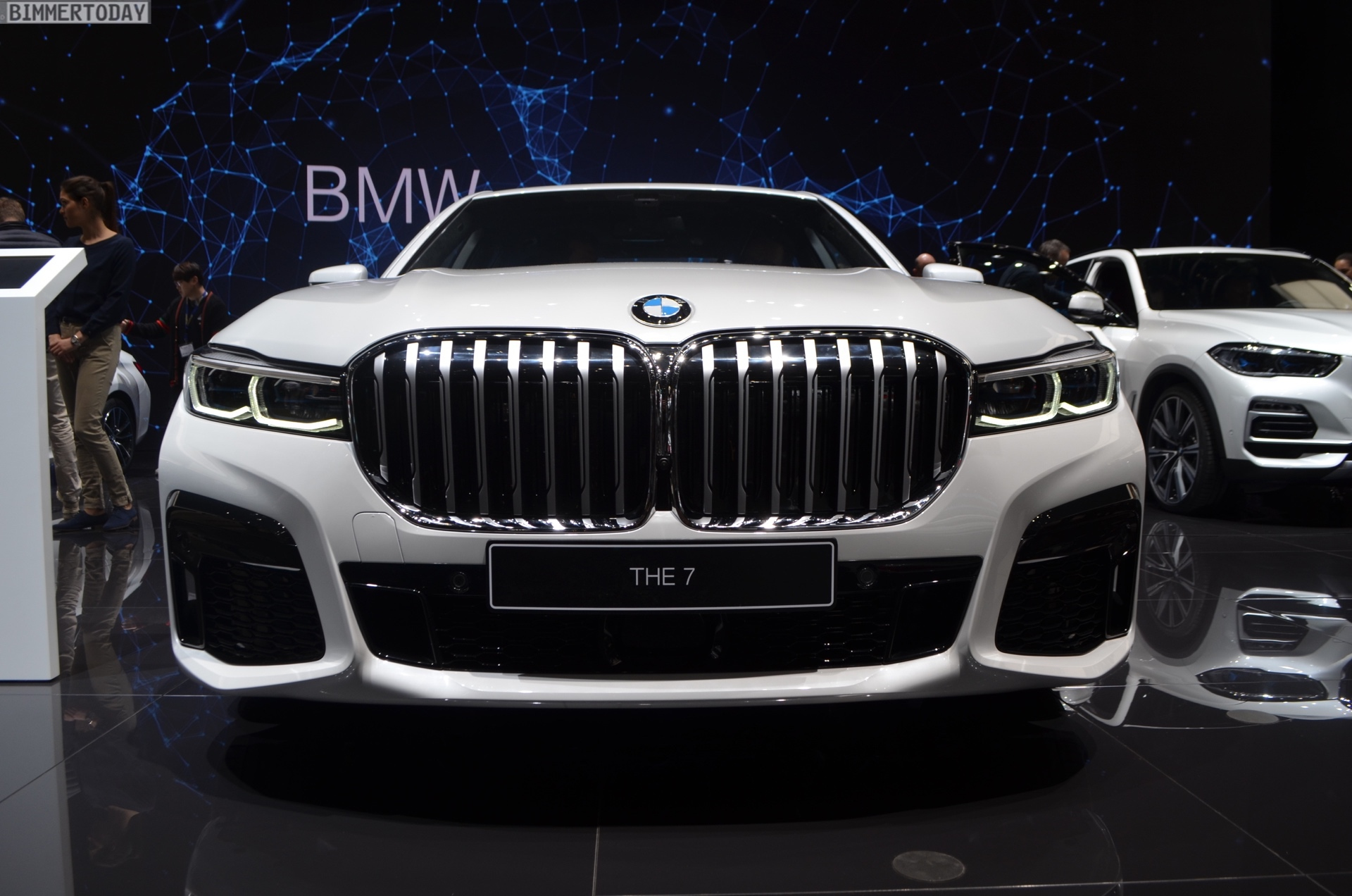 Geneva 2019: BMW 745e Facelift short wheelbase with M ...