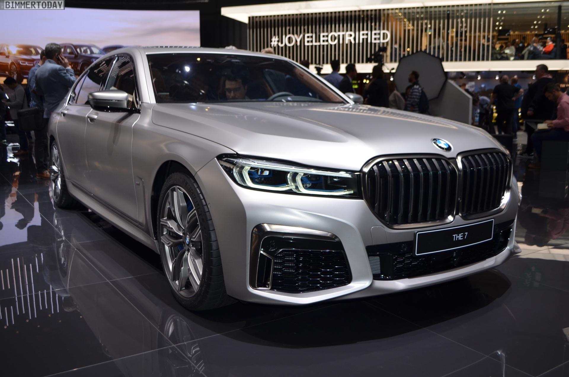 Genf 2019 BMW M760Li G12 Facelift LCI Individual Frozen Cashmere Live 03