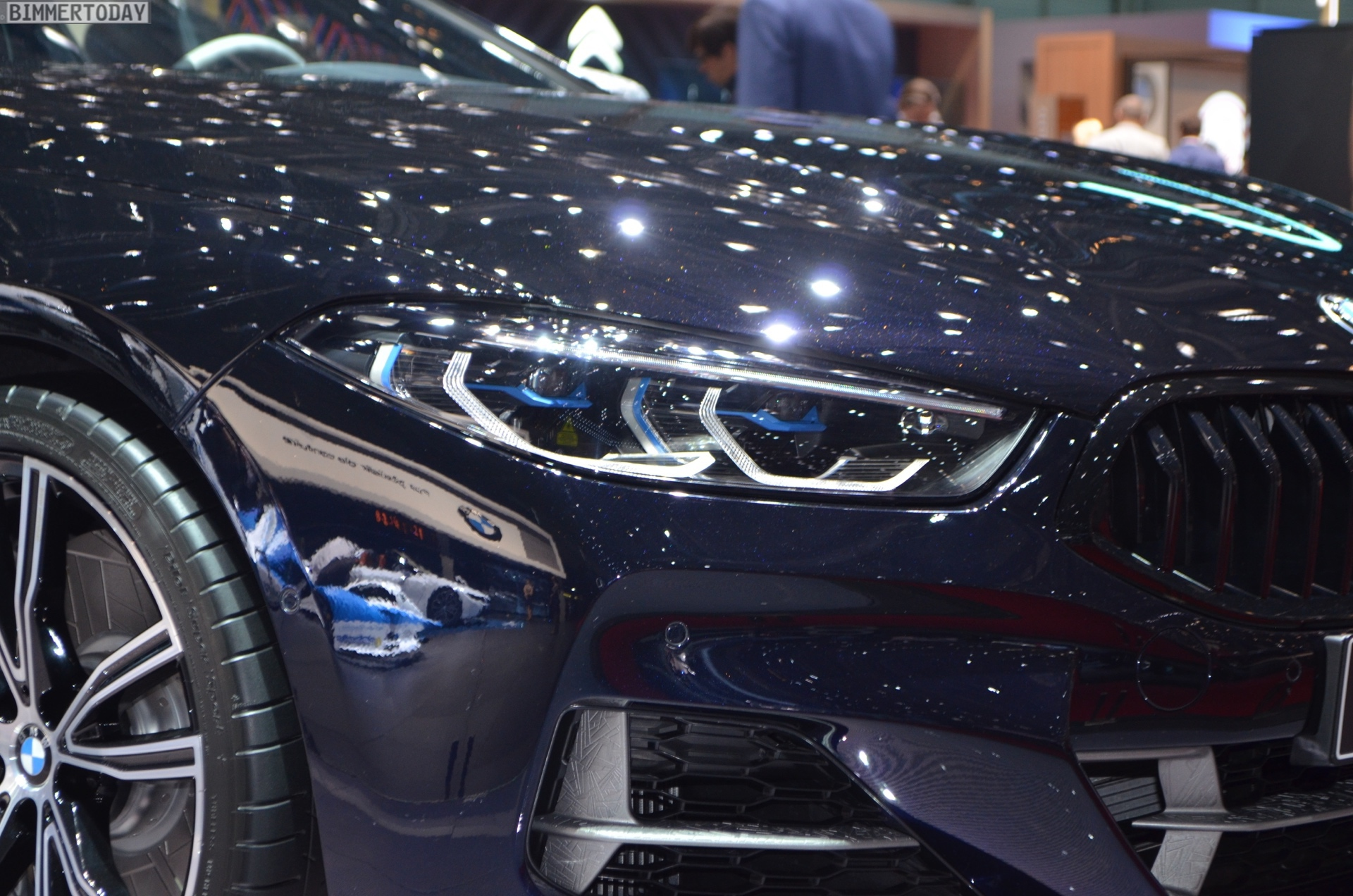 Geneva 2019: BMW M850i Night Sky with meteorite parts