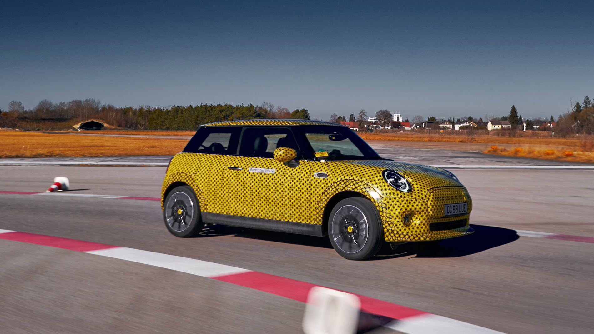 MINI Electric to be unveiled at the 2019 Frankfurt Auto Show