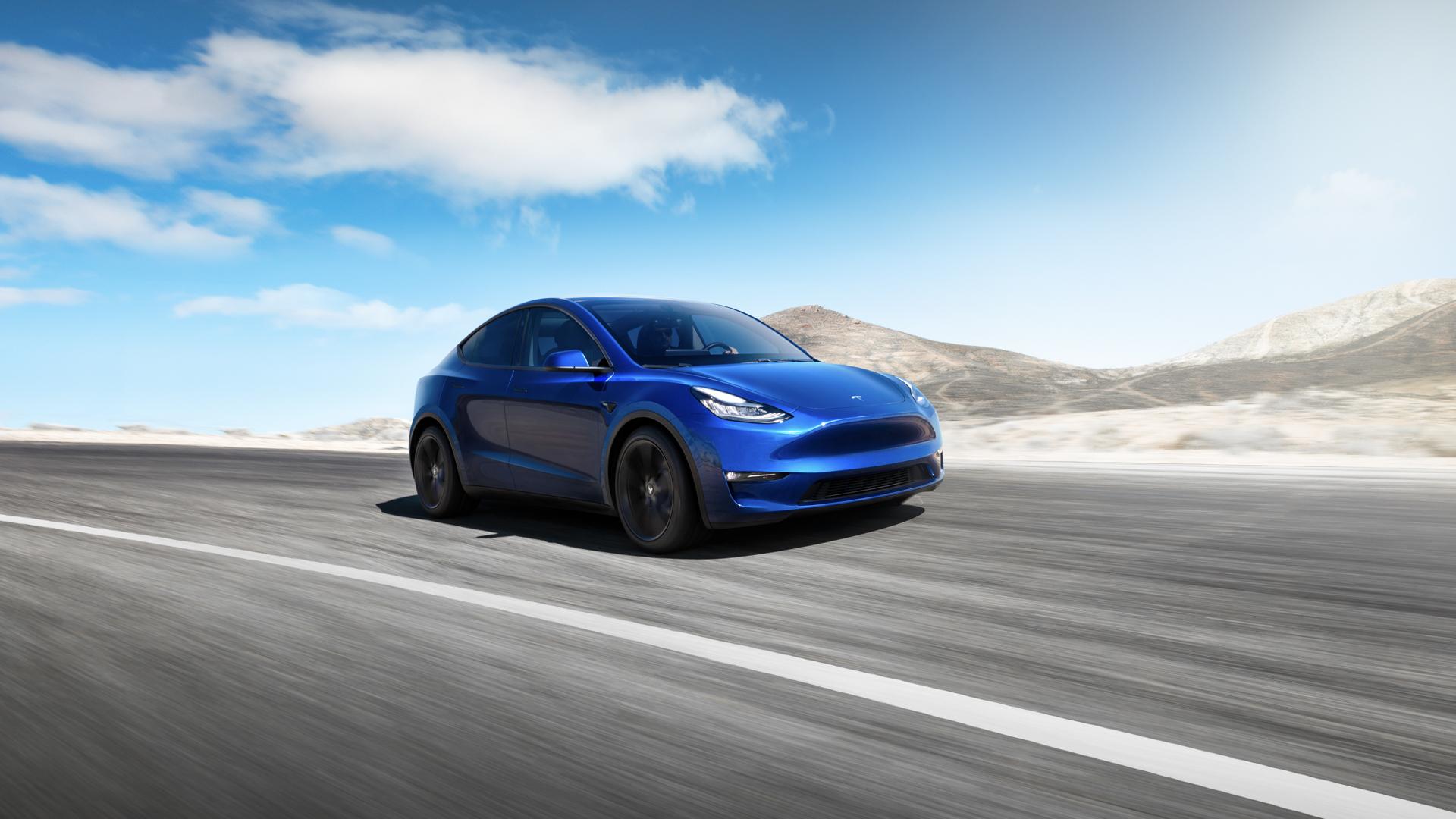 Tesla Model Y 1 of 4