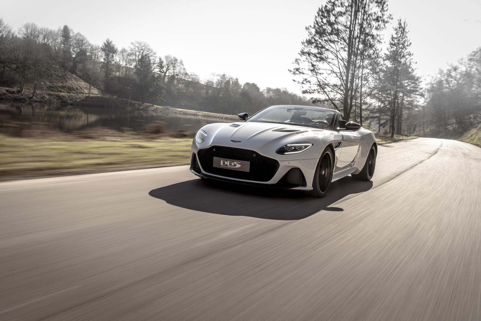 Aston Martin DBS Superleggera Volante 1 of 3