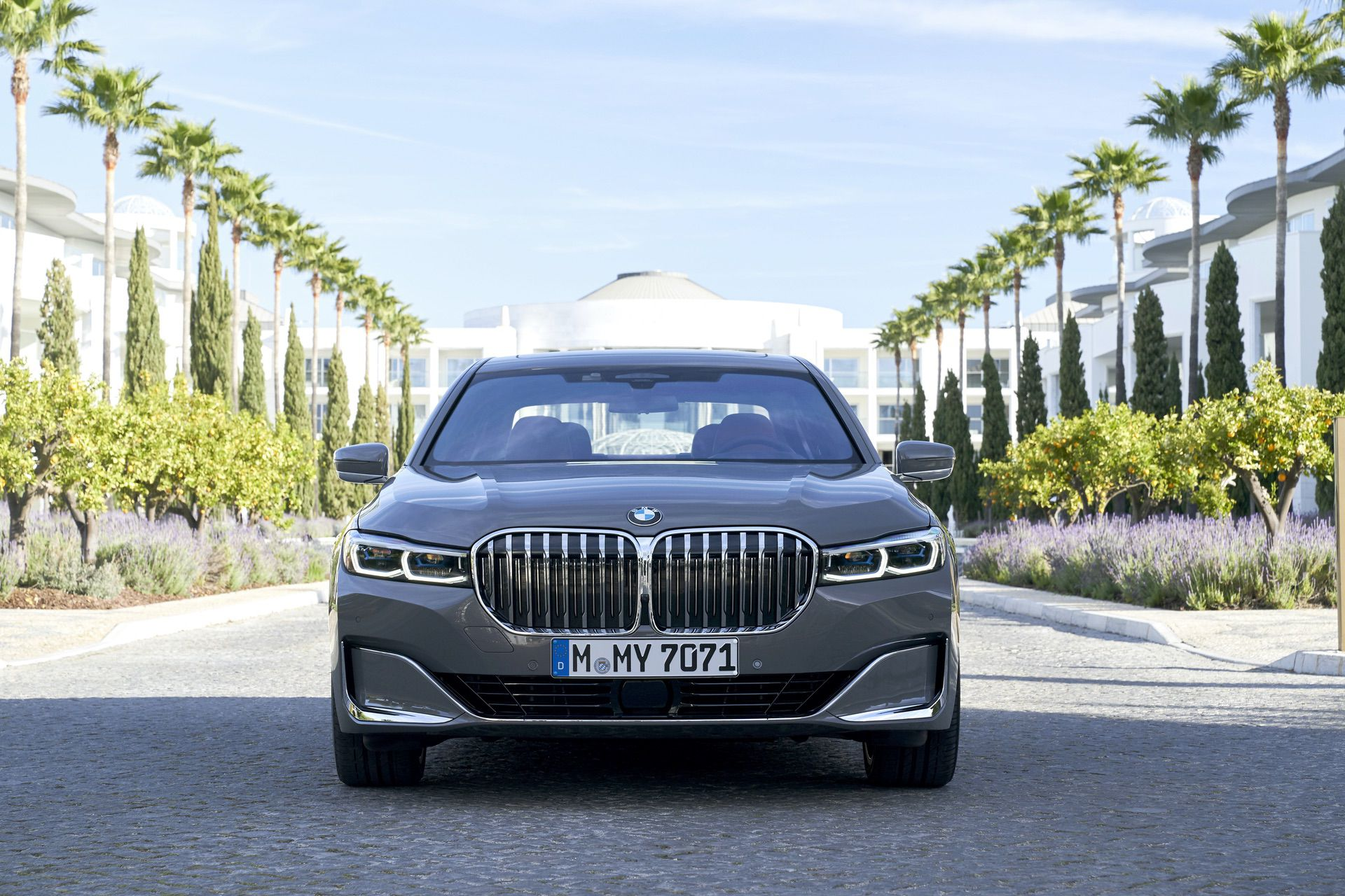 Test Drive 2019 Bmw 750li Xdrive A Promising Reboot Of The Luxury