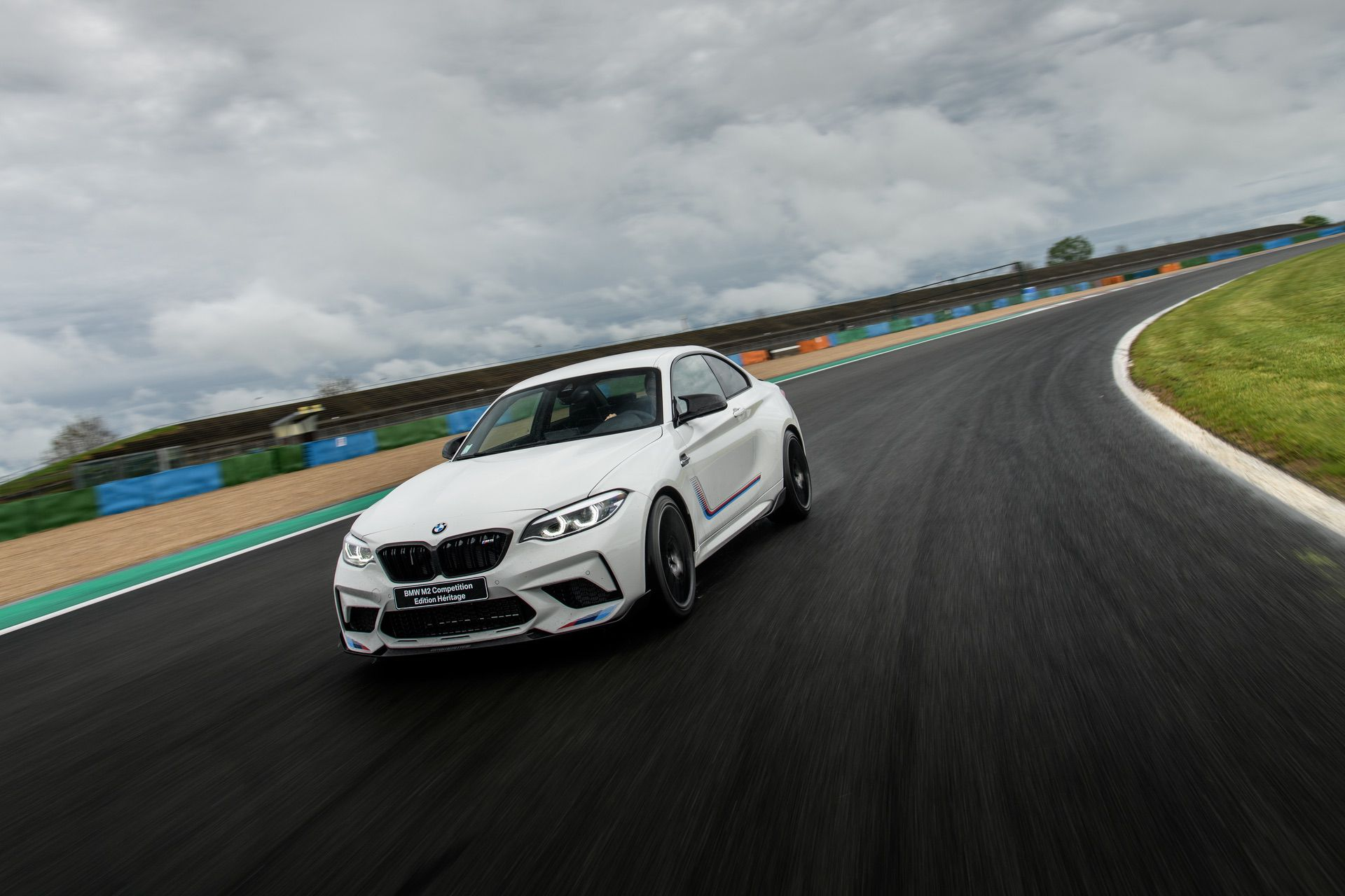 BMW M2 Competition Edition Heritage 02