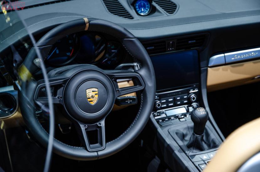 Porsche 911 Speedster New York Auto Show 5 of 6 830x550
