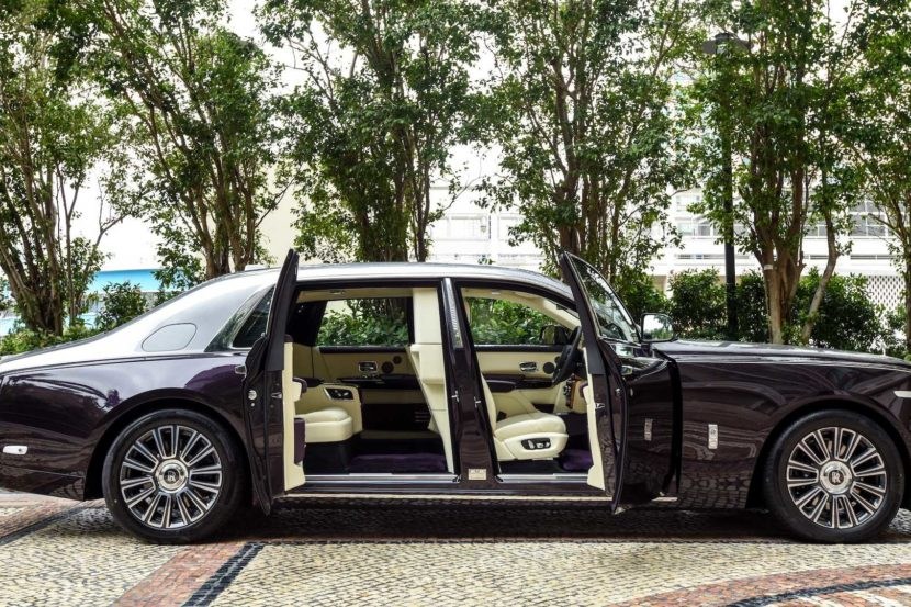 rolls royce phantom with privacy suite 830x553