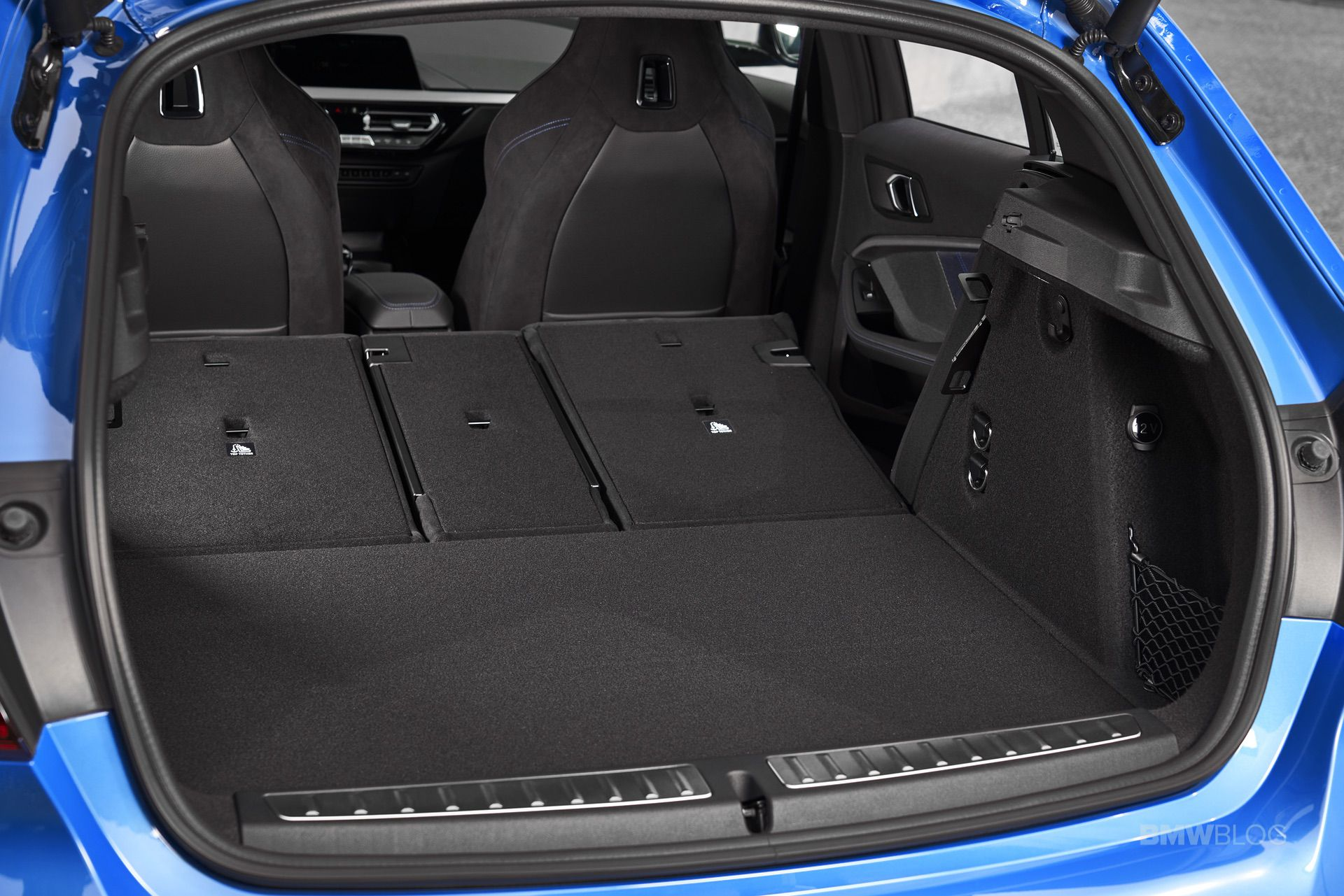 2020-BMW-M135i-xDrive-Misano-Blue-33.jpg