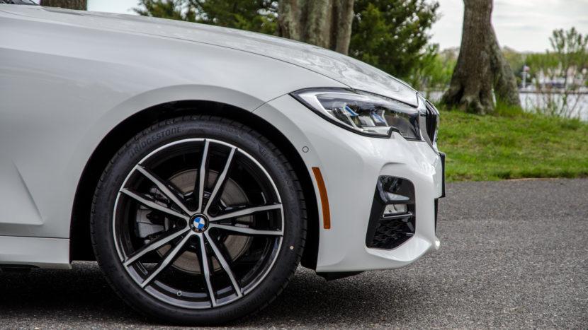 BMW 330i xDrive 29 of 42 830x467