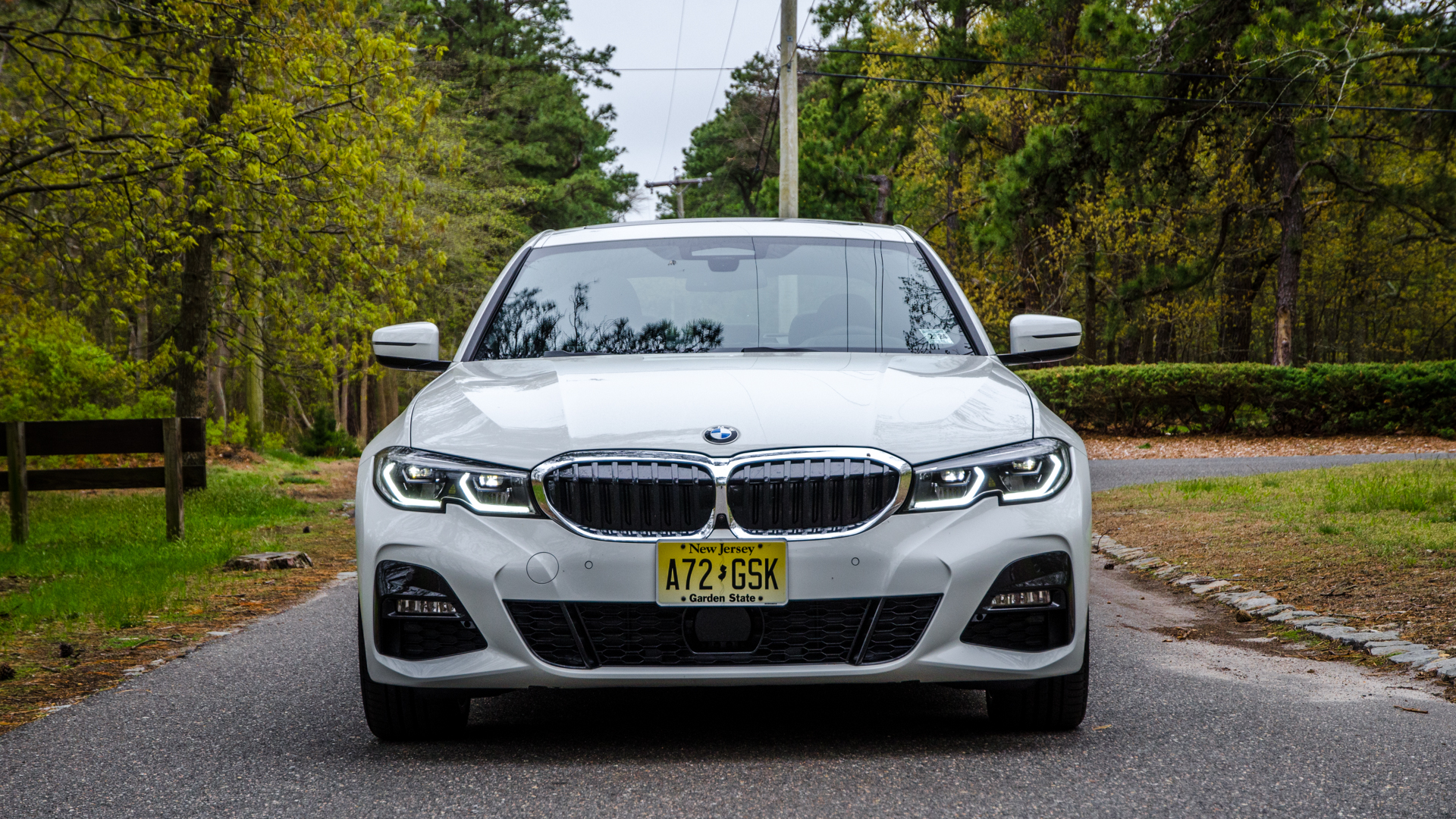 BMW 330i xDrive 3 of 42