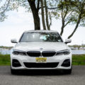 BMW 330i xDrive 32 of 42 120x120