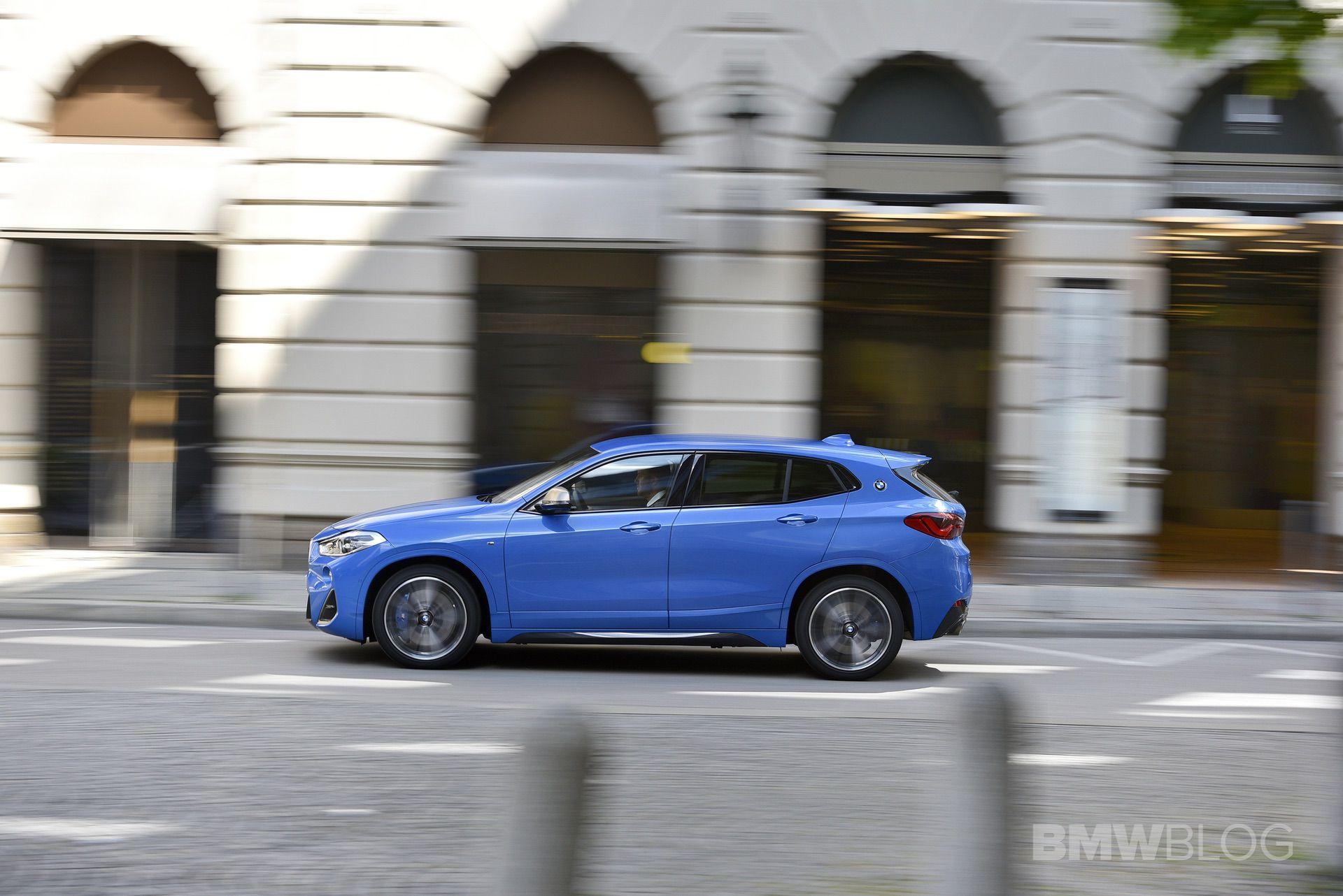 BMW X2 M35i Misano Blue 50