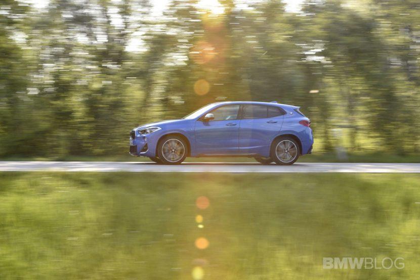 BMW X2 M35i Misano Blue 58 830x554