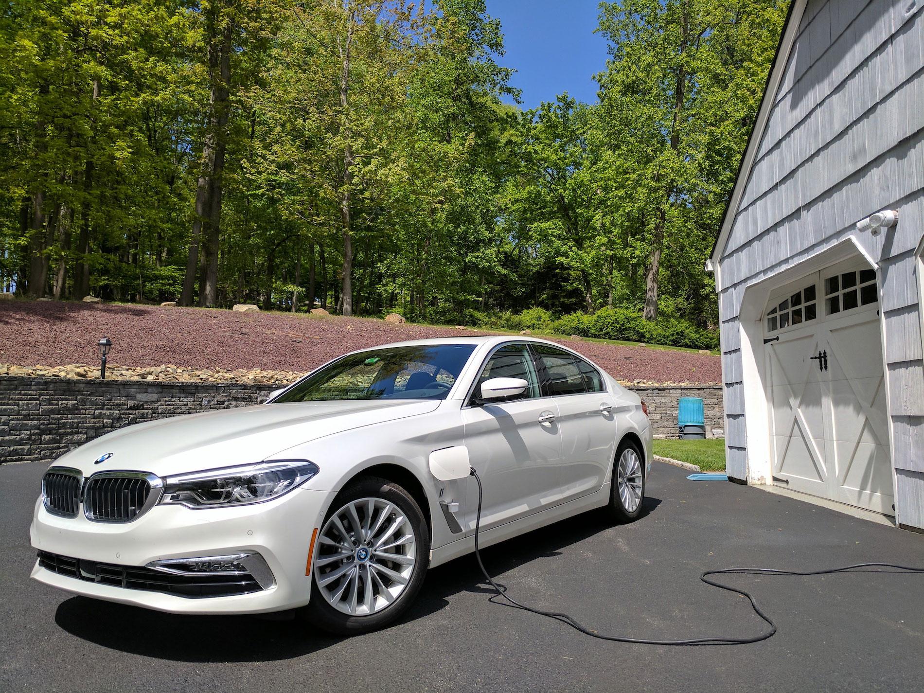 BMW hybrid charging