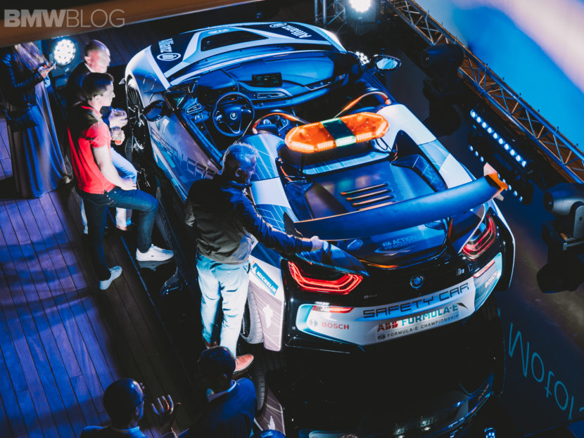 BMW i8 Roadster Safety Car 19 830x623