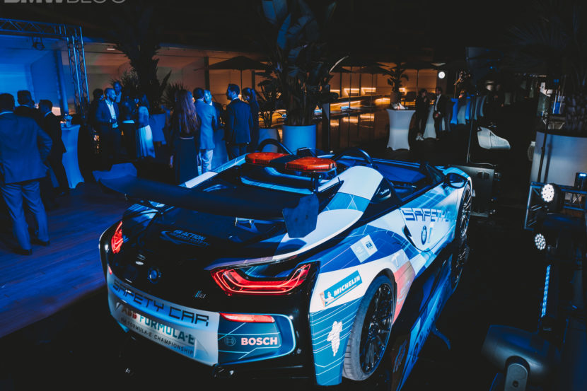 BMW i8 Roadster Safety Car 27 830x553
