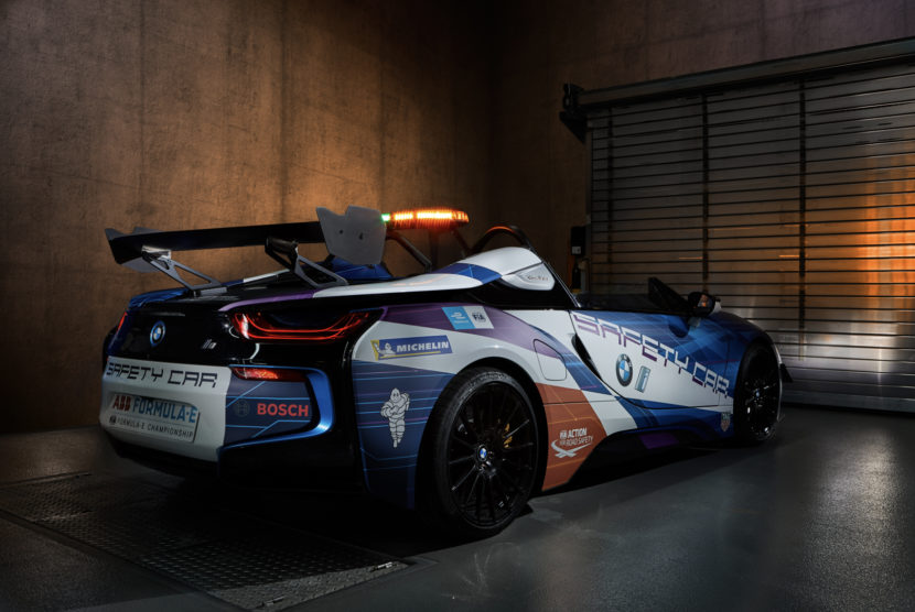BMW i8 Safety Car 2 of 3 830x556