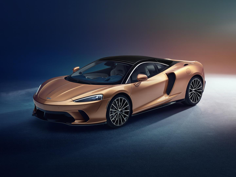 McLaren GT 3 of 8