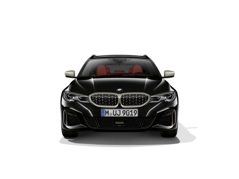 2019 BMW M340i Touring 02 830x622