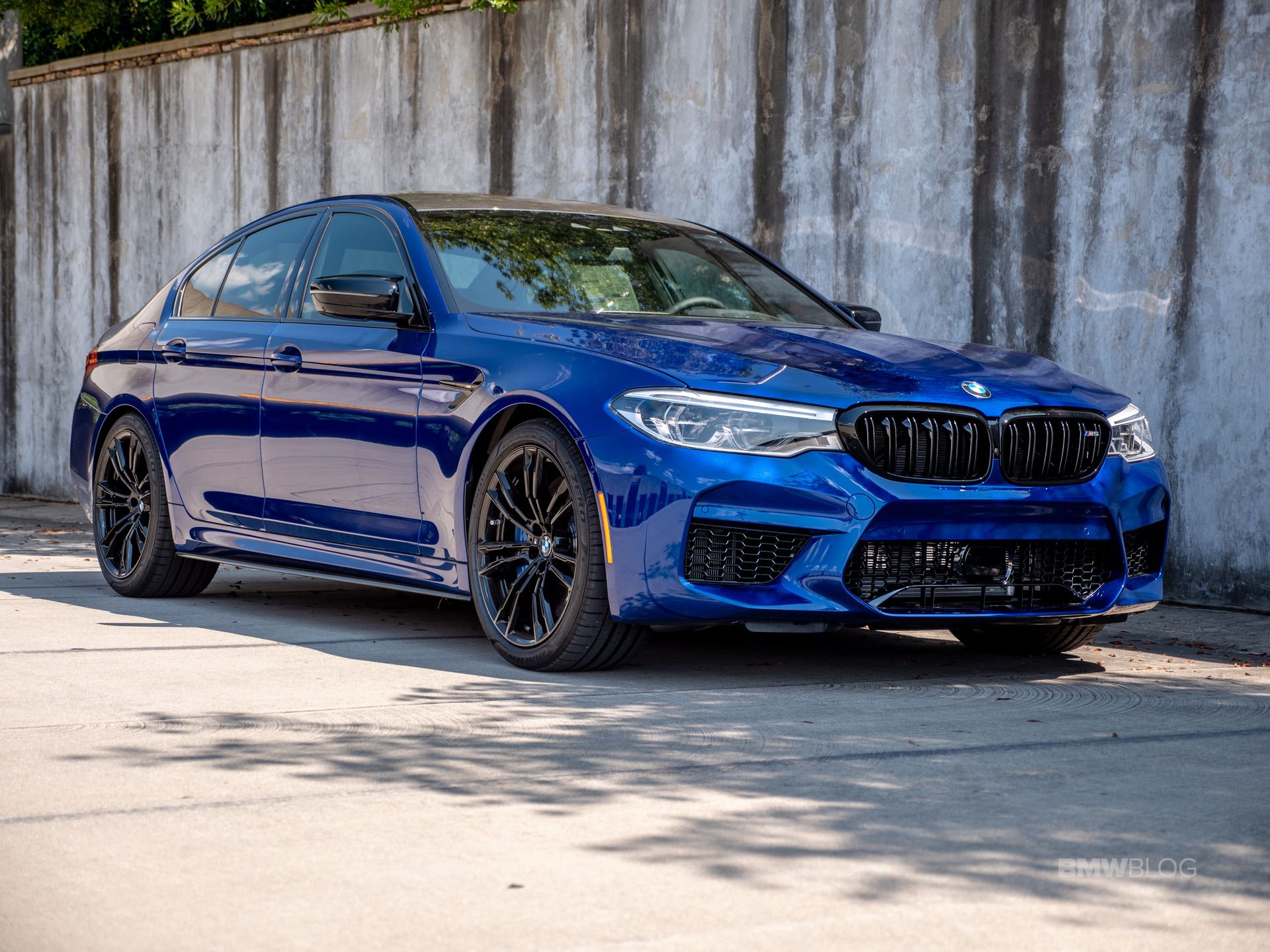 2019 M5 Comp in Marina Bay Blue Metallic 10
