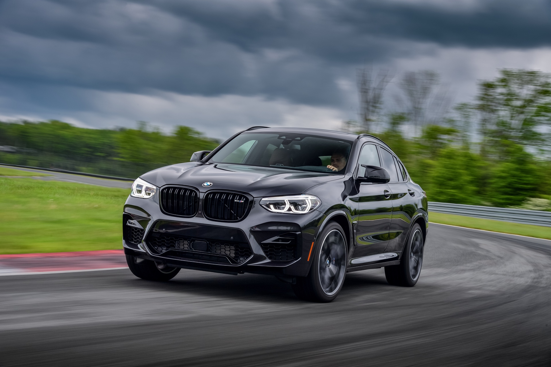 Video Bmw X3 M And X4 M Get The Motorweek Treatment