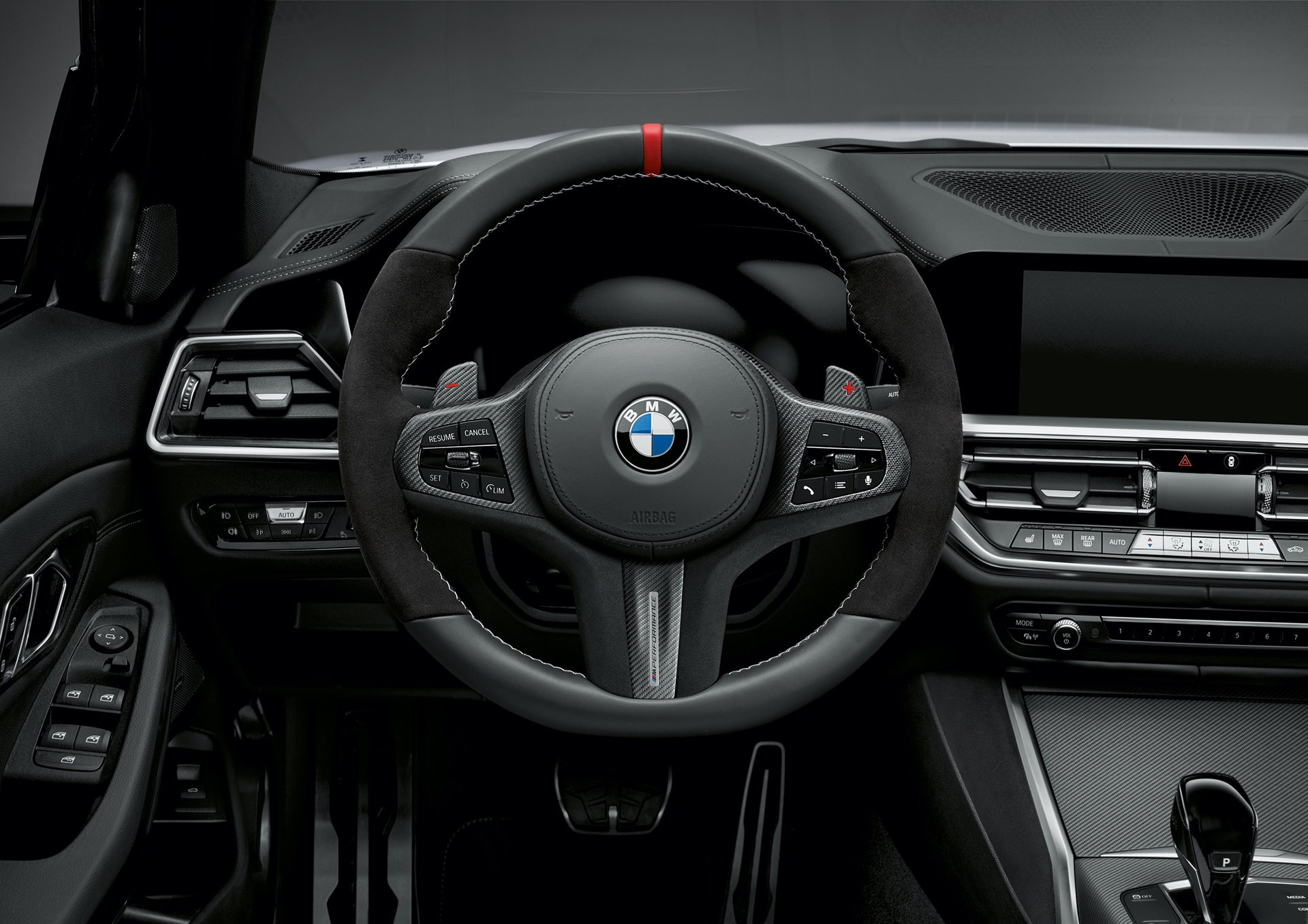 BMW 8 Series Gran Coupe, 3 Series Touring and X1 LCI gets