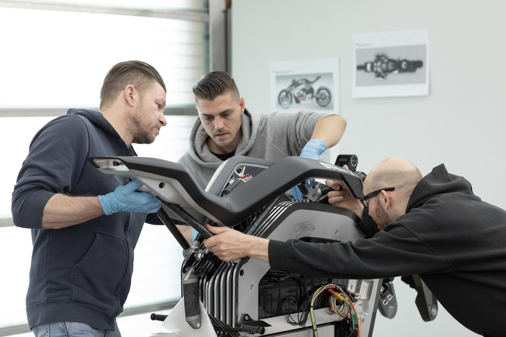 BMW Motorrad Files Patent for Bolt-On Carbon Fiber Reinforcement Panels