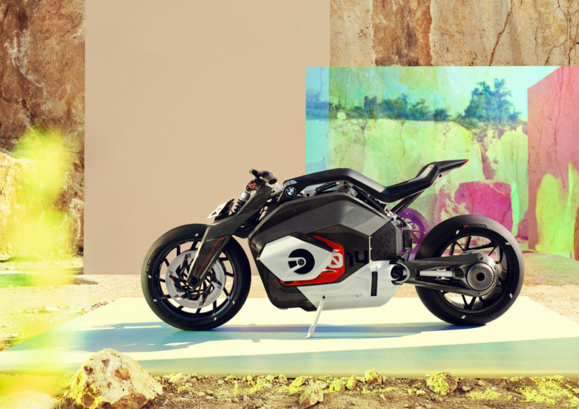 BMW Motorrad Vision DC Roadster 26 of 47 830x587