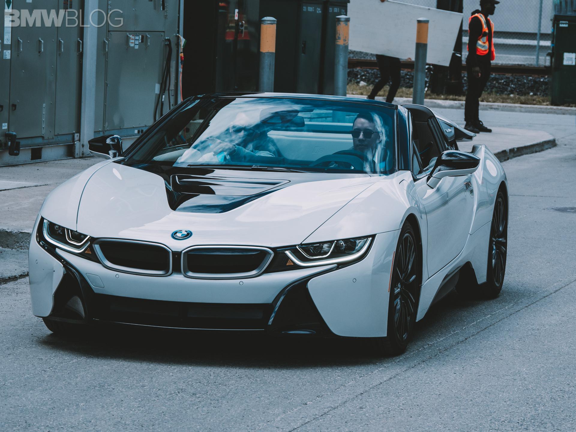 BMW i8 Roadster MovinOn 1