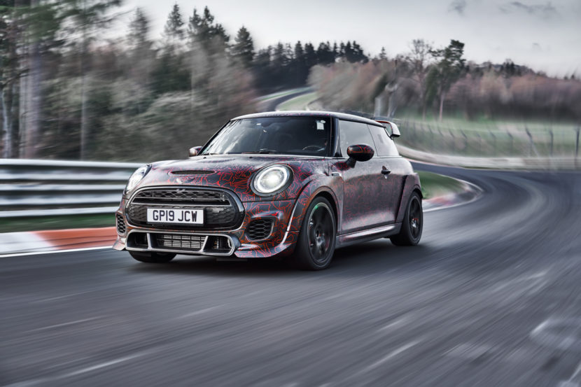MINI John Cooper Works GP 19 of 39 830x553