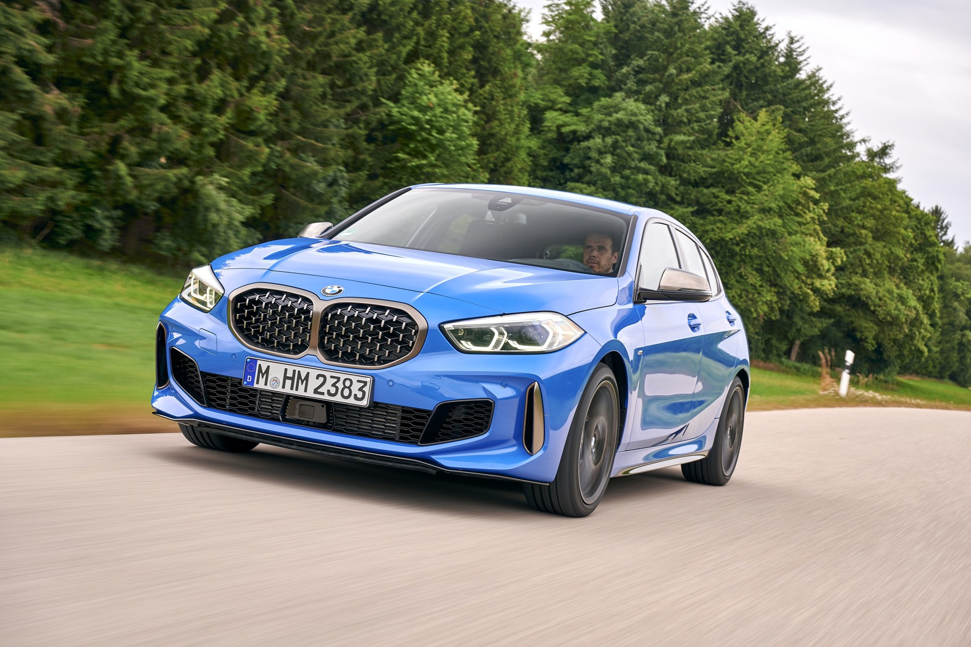 2019 BMW M135i xDrive test drive 07