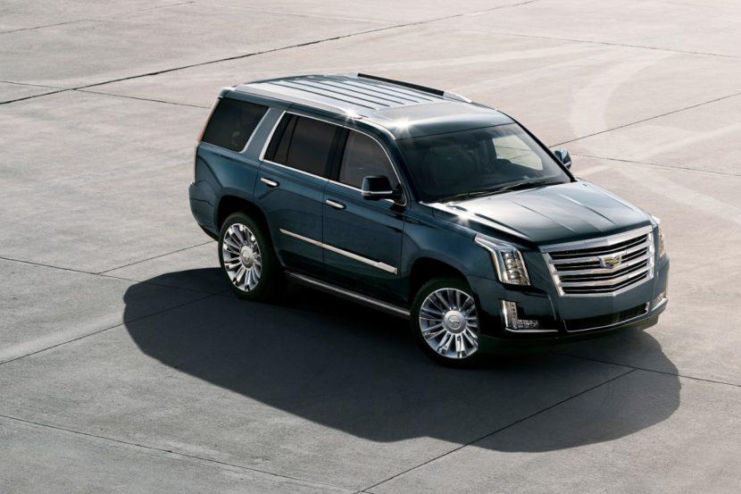 2019 Cadillac Escalade 001 830x553