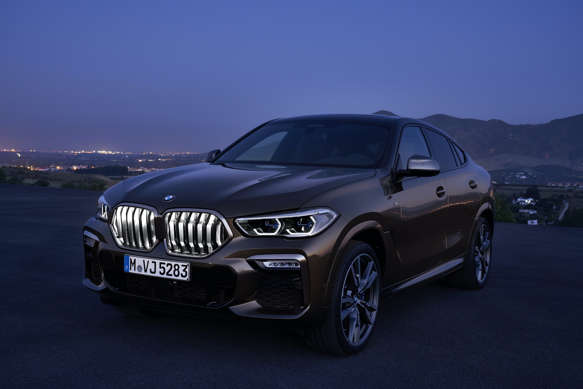 BMW 5 Series will also get an illuminated Kidney Grille