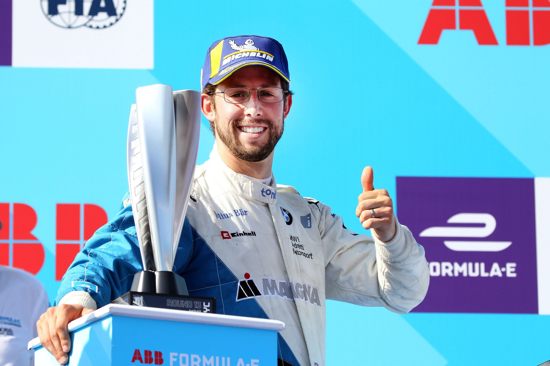 Alexander Sims will continue to represent BMW i Andretti Motorsport
